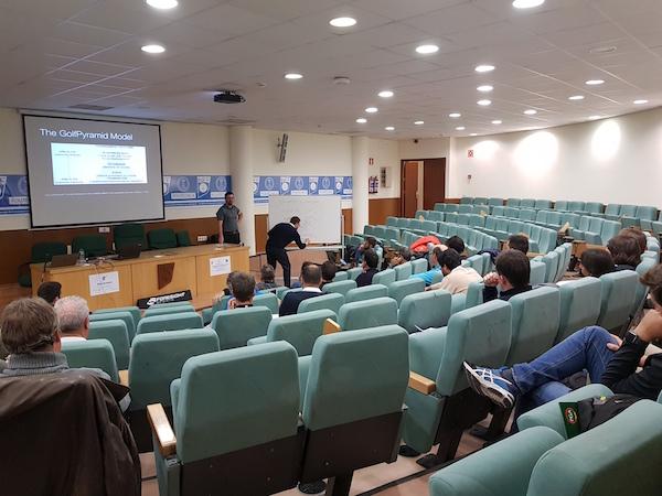 aula magna.jpg